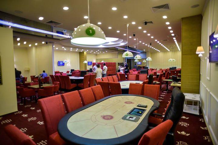 Royal poker brasov